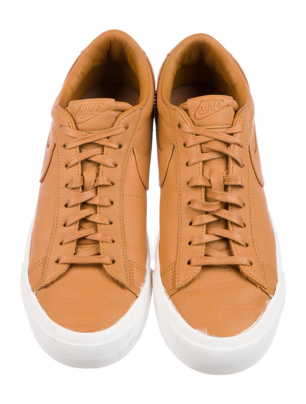 Nike Blazer Sneakers Brown - image 3