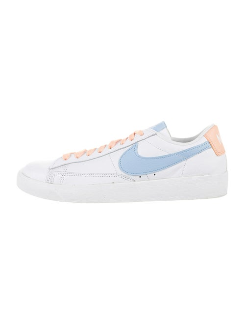 Nike Blazer Low LE Sneakers White