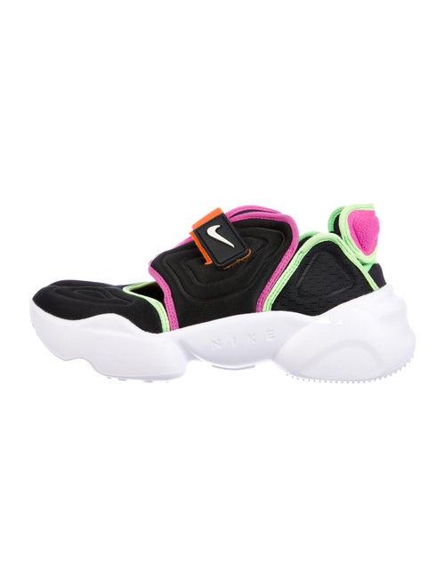 Nike W Nike Aqua Rift Sneakers w/ Tags Aqua