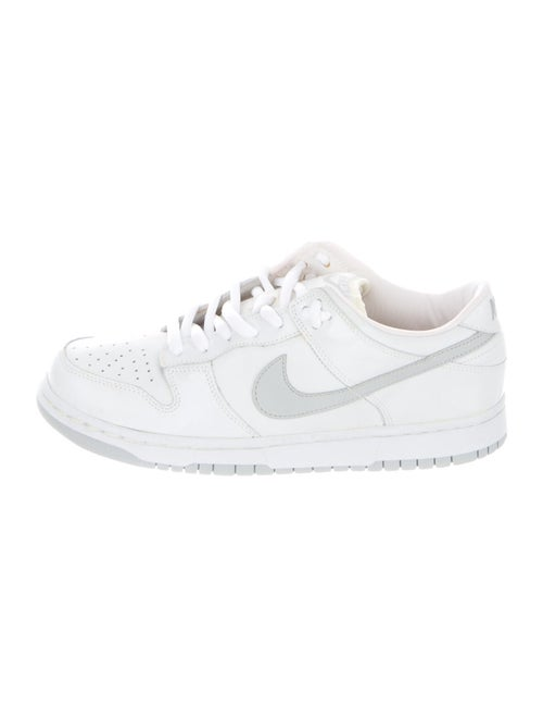 Nike 2002 Dunk Low Pro B Patent Leather Sneakers W