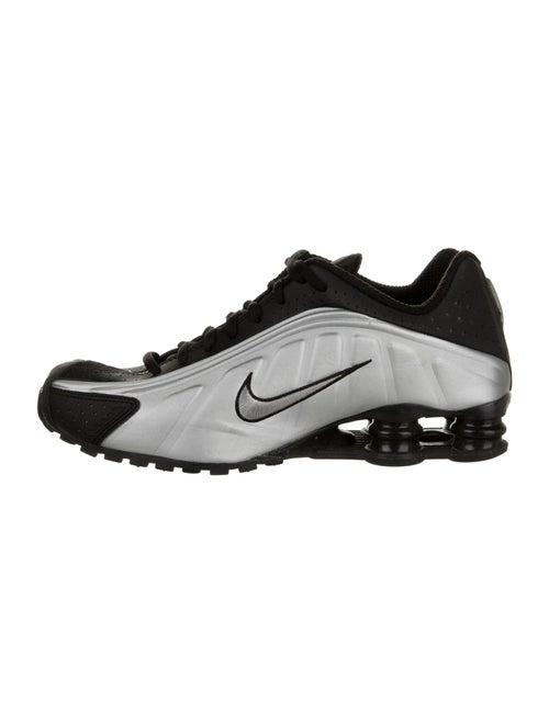 Nike Shox R4 Sneakers Metallic