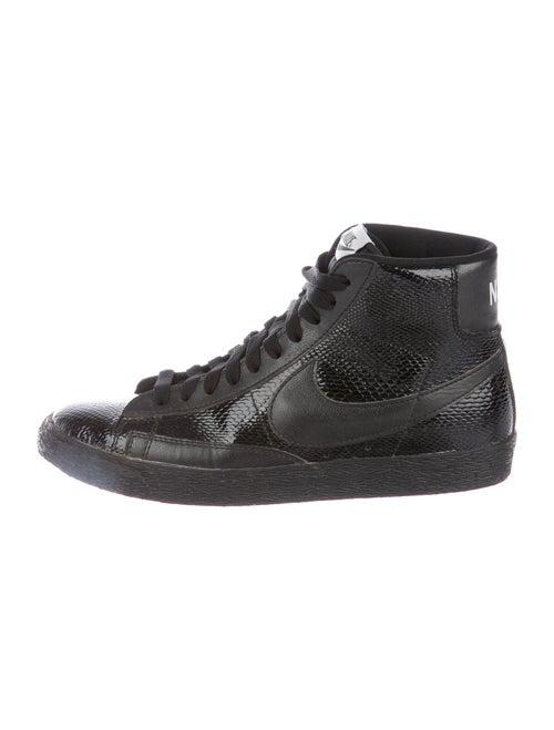 Nike Blazer Sneakers Black