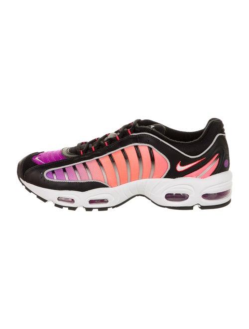 Nike Air Max Tailwind IV Athletic Sneakers Black