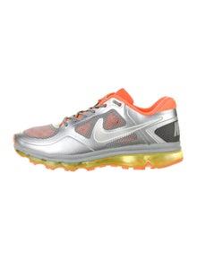 Nike Colorblock Pattern Athletic Sneakers