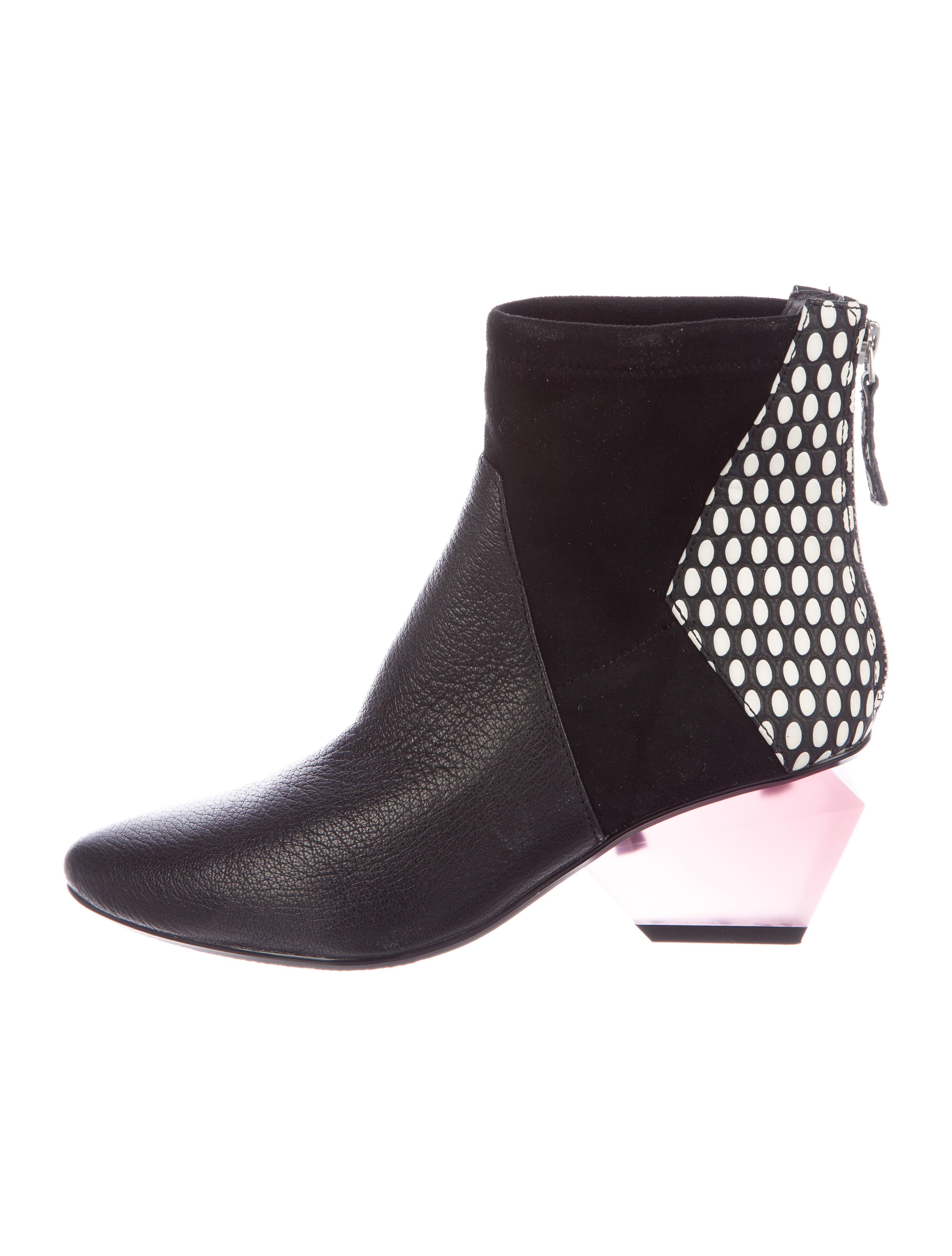 pre order cheap price United Nude Embossed Pointed-Toe Booties sale from china free shipping amazing price order online clearance online fake XUZXuuMuHF