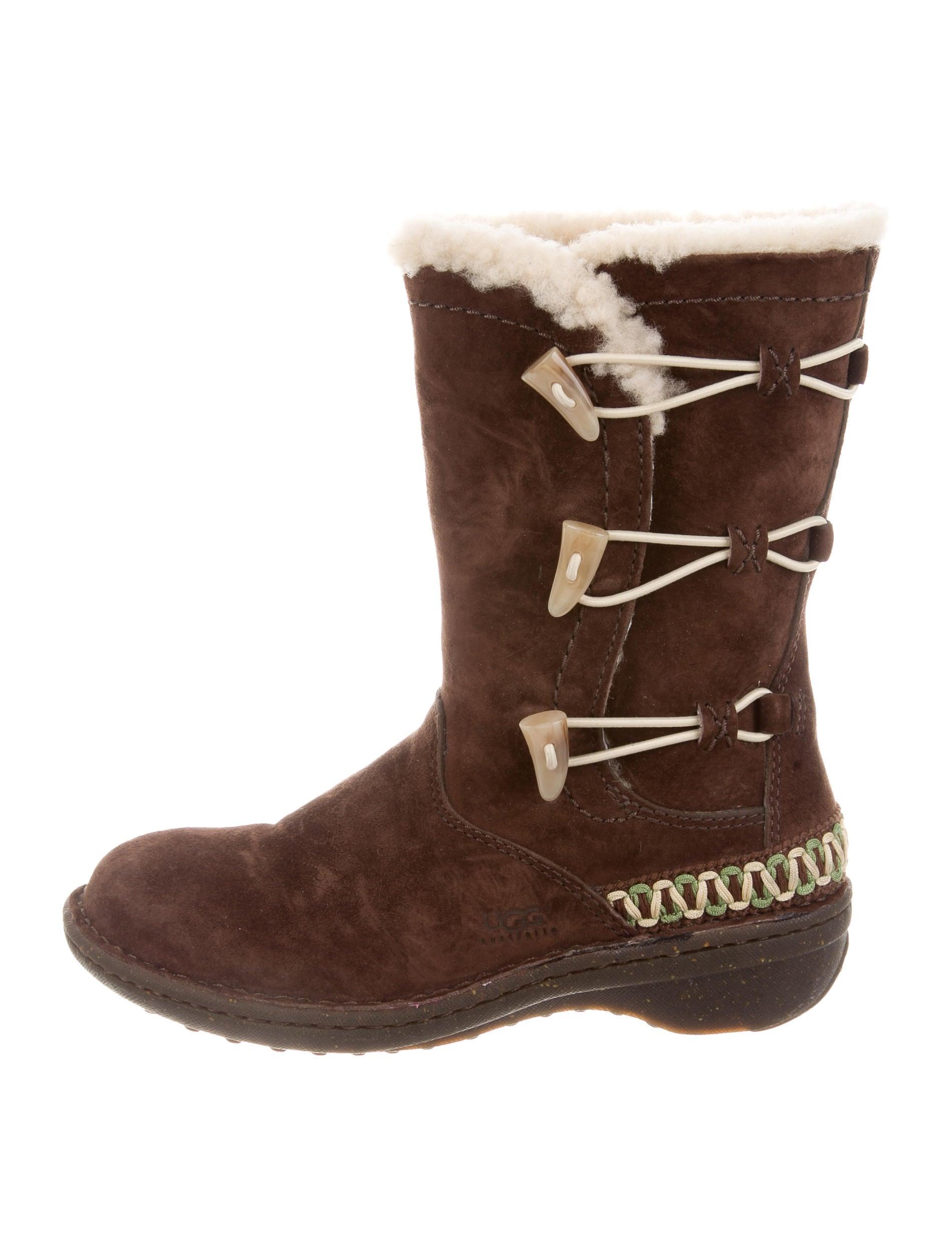 Kona Mid-Calf Boots