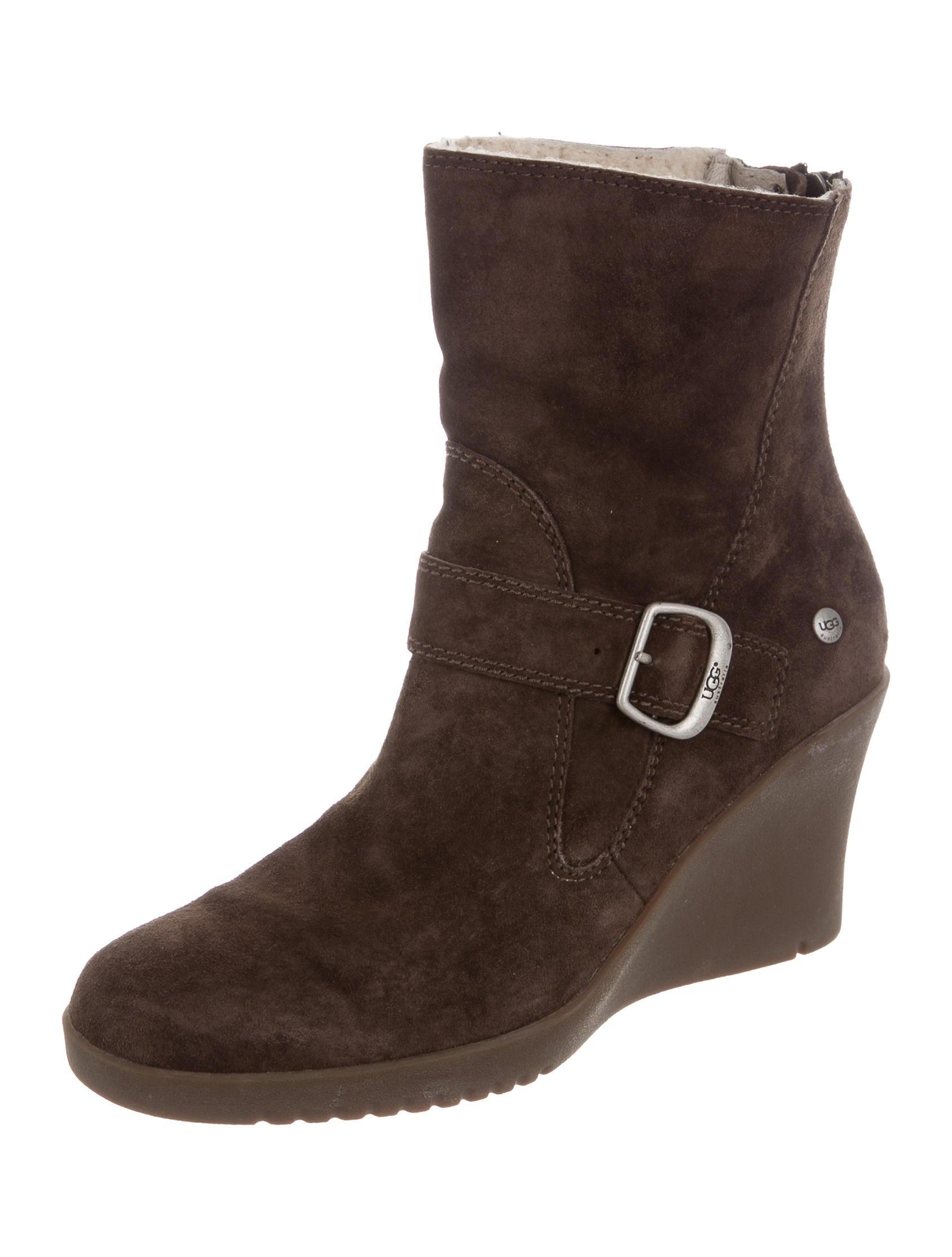 aa95a72895b3 Wedge Ugg Boots New Look