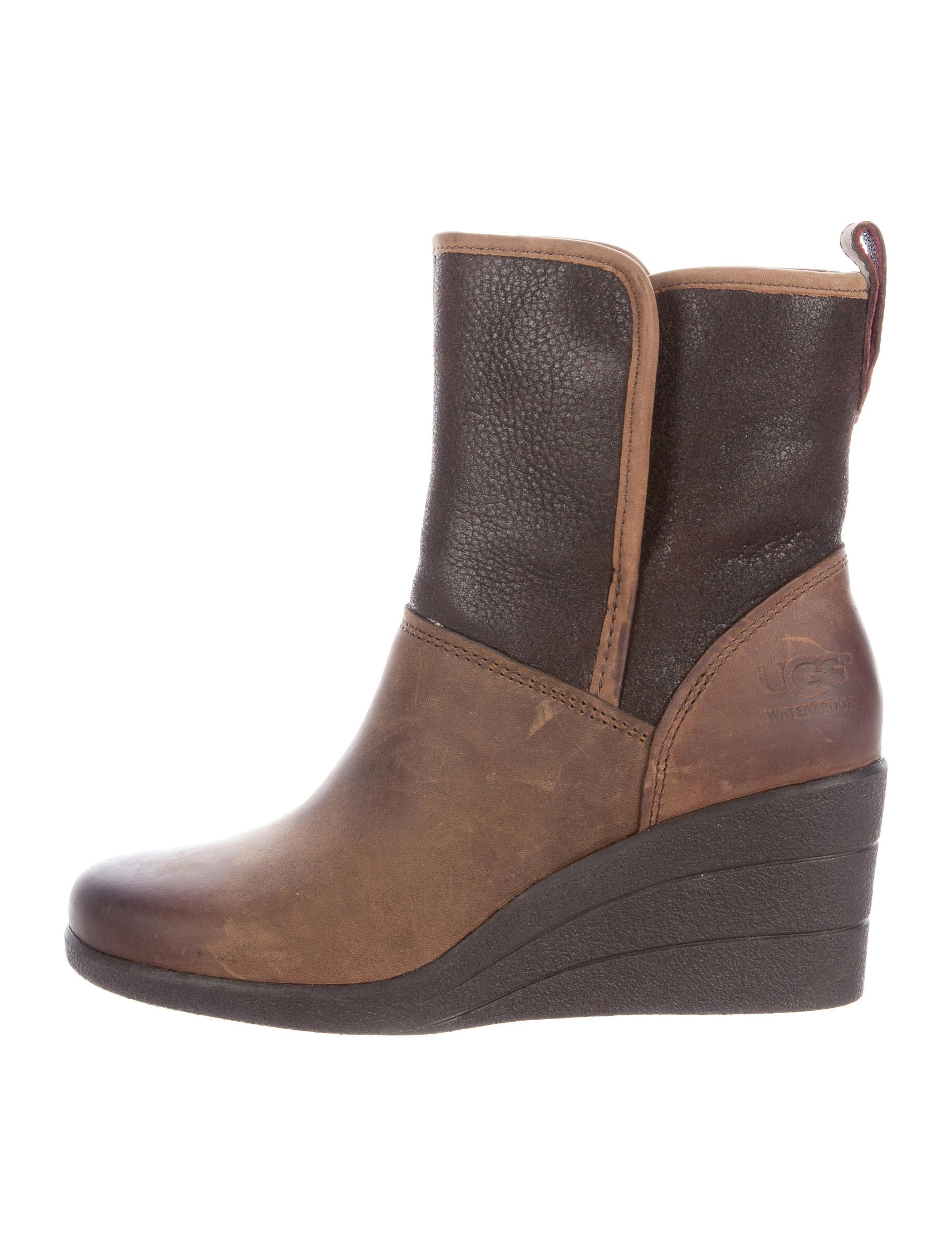 e13396c59e9 UGG Australia Renatta Wedge Ankle Boots - Shoes - WUUGG22329