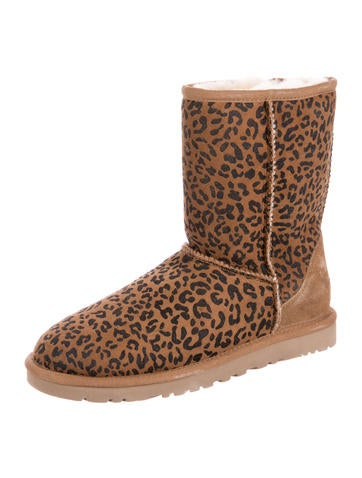 486b7d633c9 Ugg Zebra Sneakers | MIT Hillel