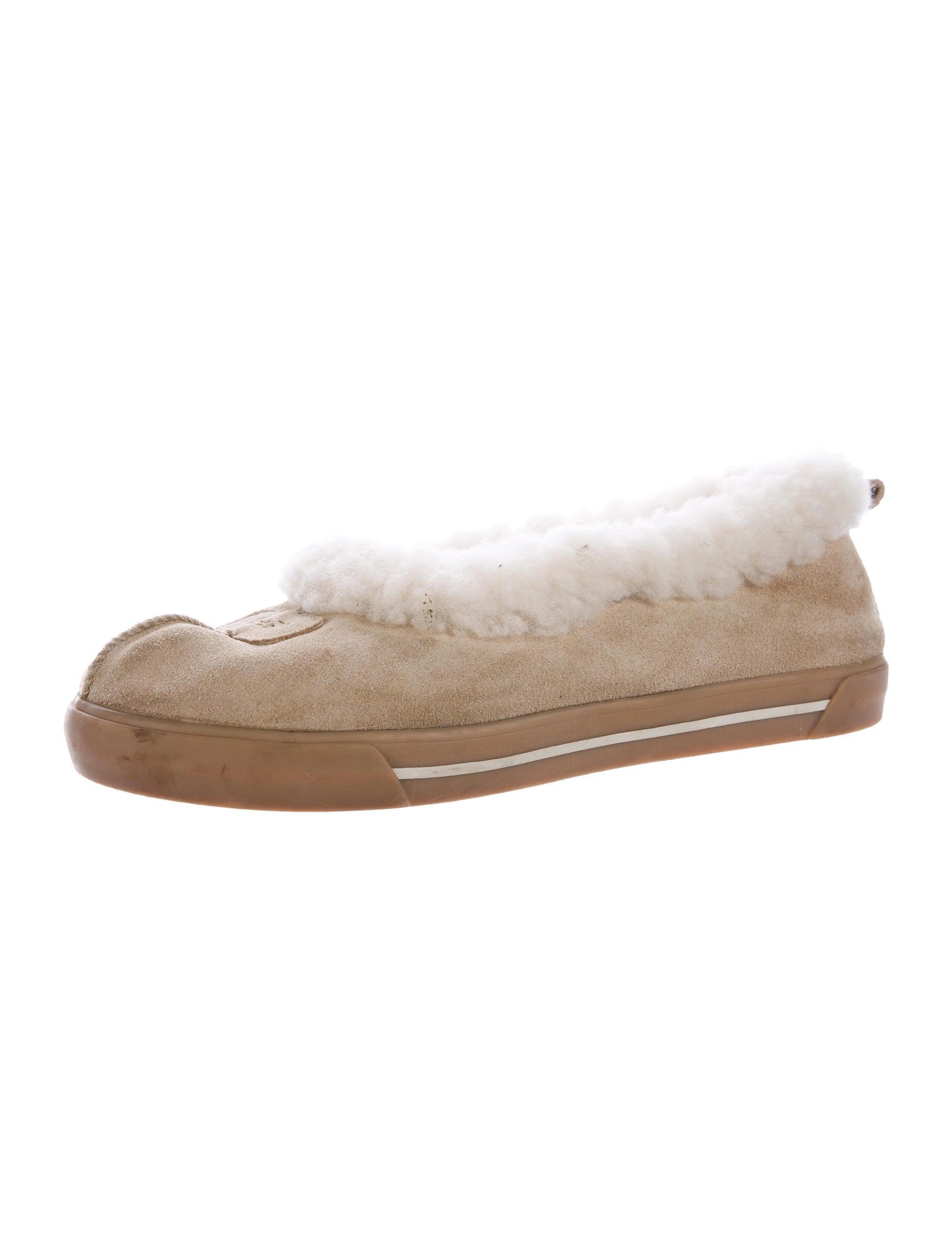 Knitting Slippers For Dummies : Ugg rylan slippers size