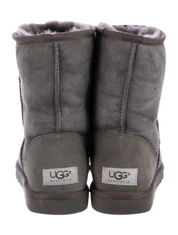 ugg e jimmy choo
