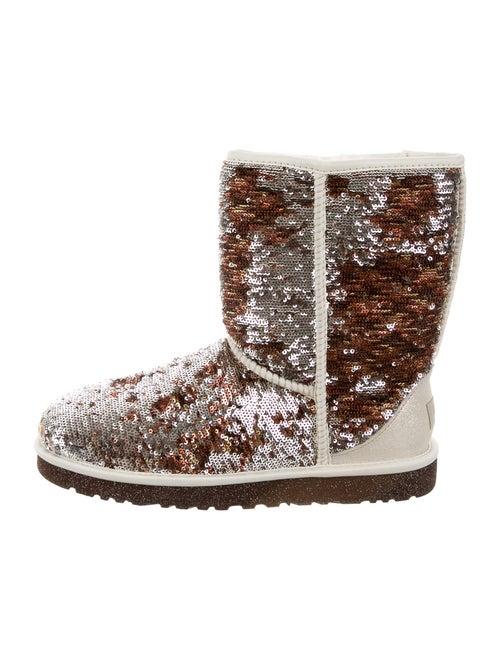 2b42fb9b718 UGG Australia Reversible Sequin Classic Short Boots w/ Tags - Shoes ...