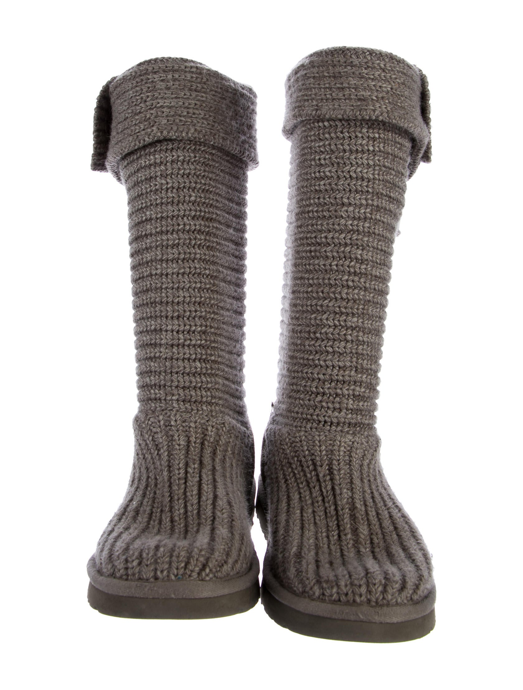 Uggs Classic Mid Calf | Division of Global Affairs