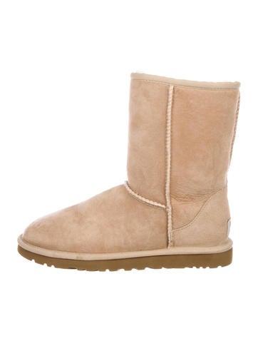 UGG UGG Australia Classic Chaussures Classic Short Boots Chaussures WUUGG27603 | 2c7730b - radicalfrugality.info