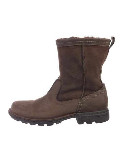 UGG Boots Brown