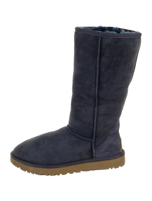 UGG Shearling Boots Brown