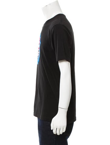 Bruce Kiss Graphic Appliqué T-Shirt
