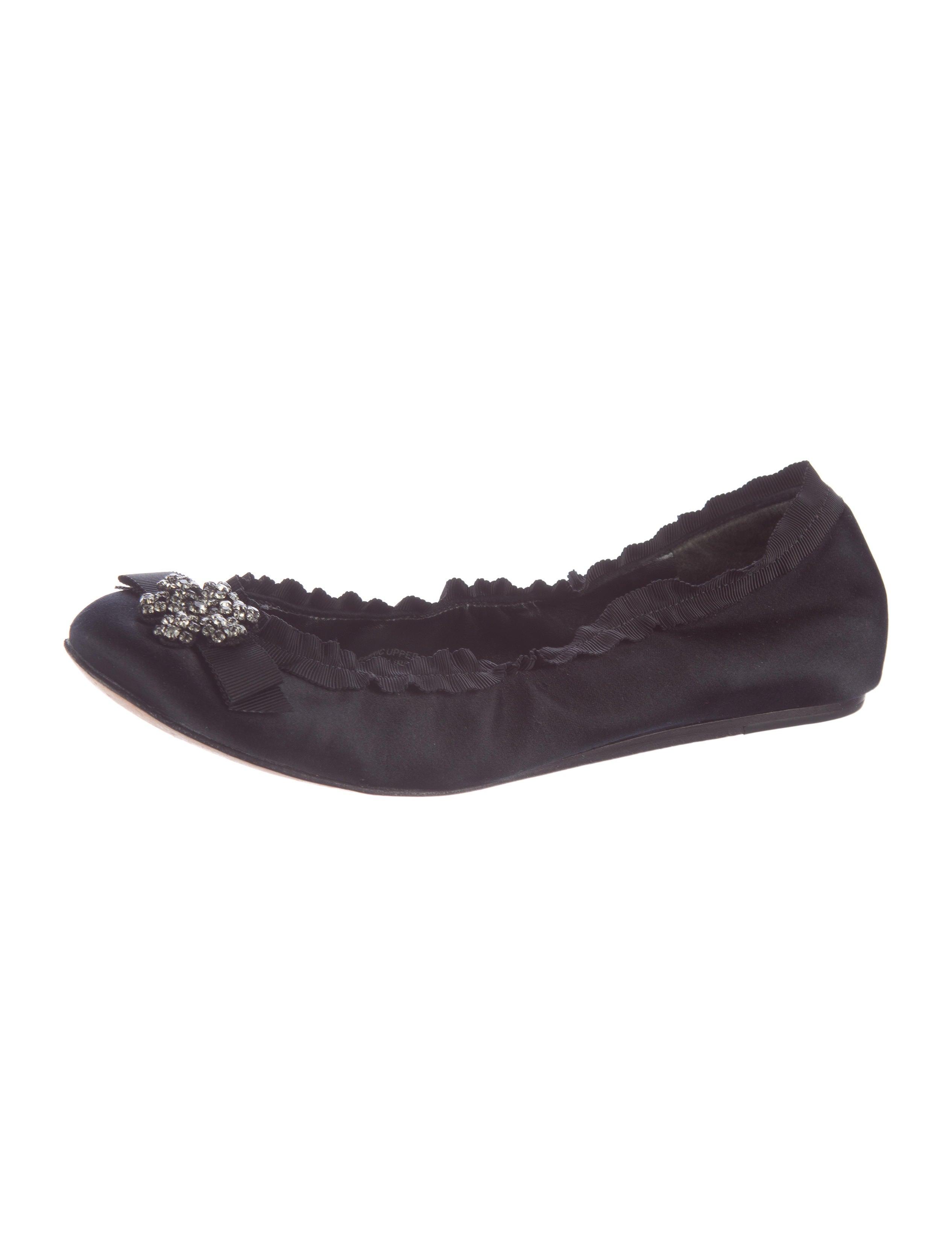 Vera Wang Flats Lavender Label Shoes