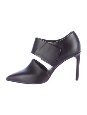 Vince Leather Pointed-Toe Mules None