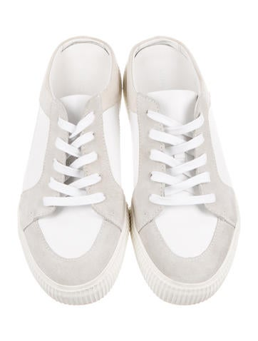 Kess Low-Top Sneakers