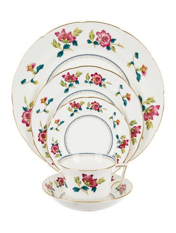 Wedgwood Chinese Flowers Place Settings None