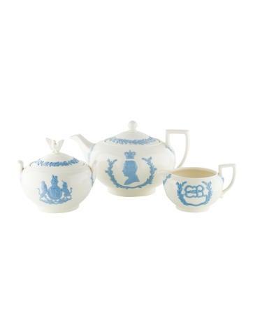 Wedgwood Coronation Tea Set None