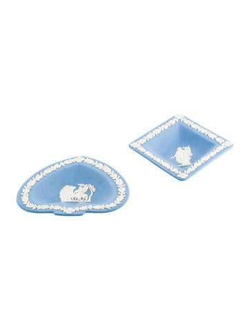 Wedgwood 2-Piece Jasperware Pin Dish Set None
