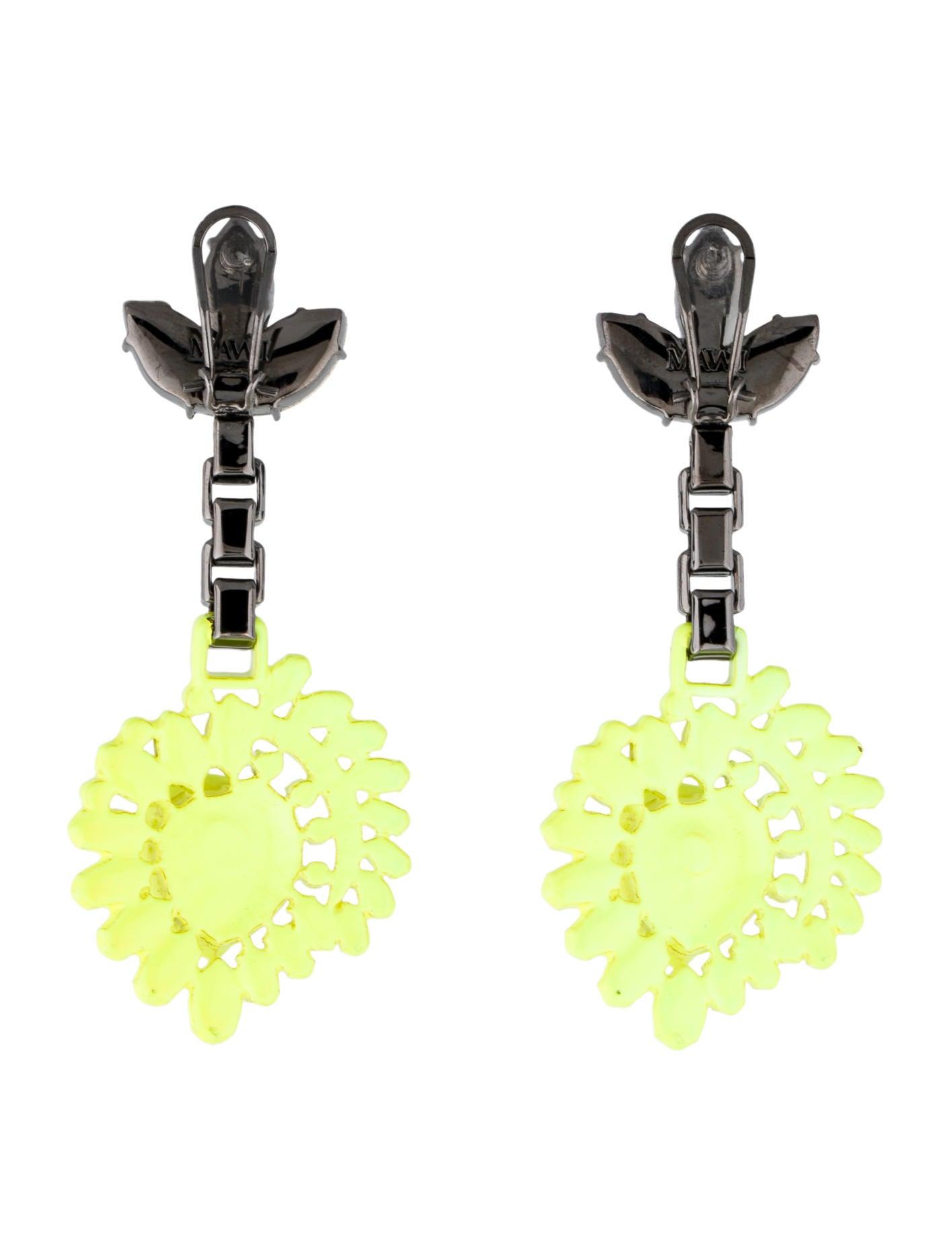 mawi neon yellow honeycomb earrings earrings wwm20114