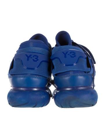 Qasa High-Top Sneakers