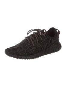 cf0acfc6976 Yeezy x adidas. Yeezy x Adidas 2016 Pirate Black 350 Boost ...