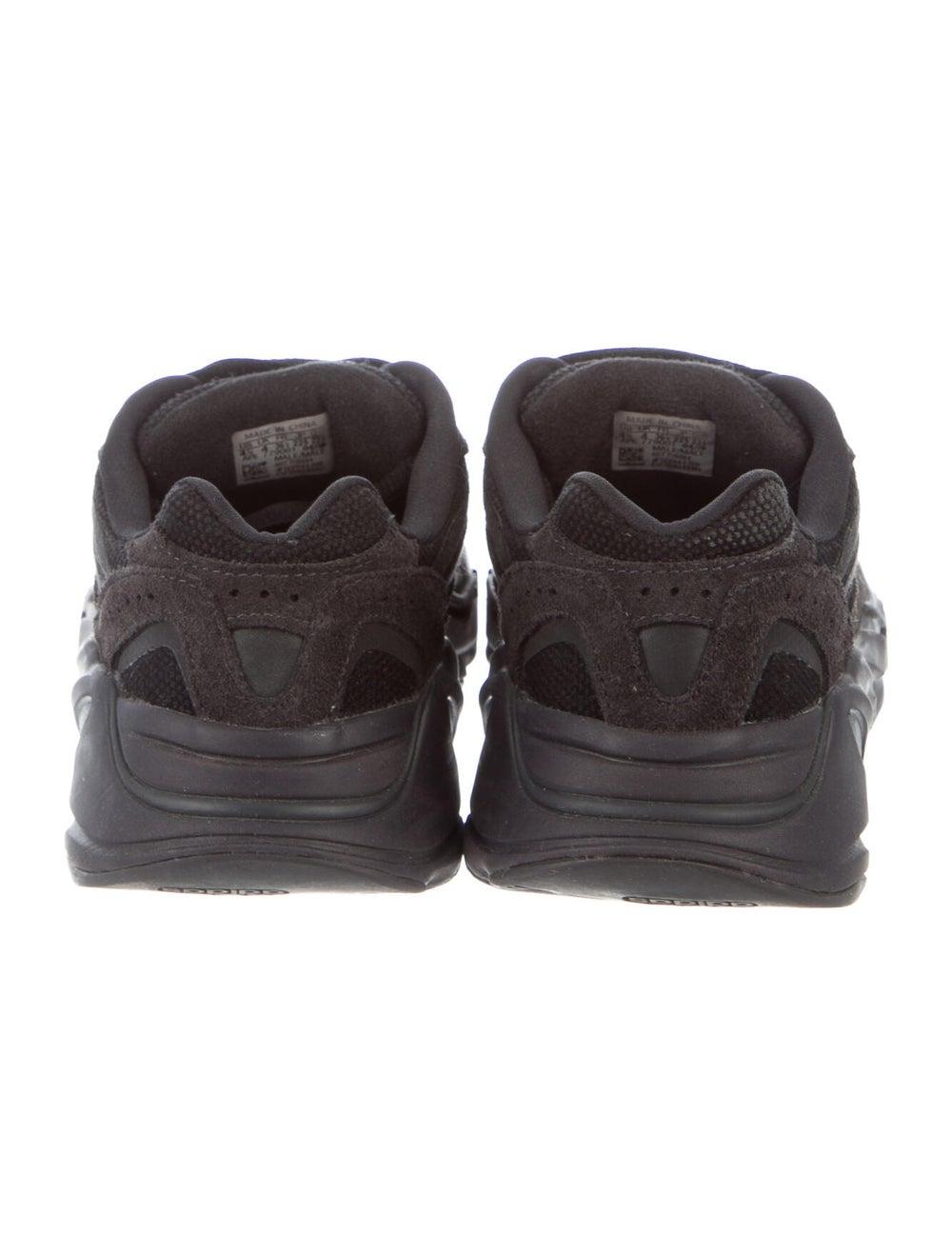 Yeezy x adidas 2019 Boost 700 V2 Vanta Sneakers S… - image 4