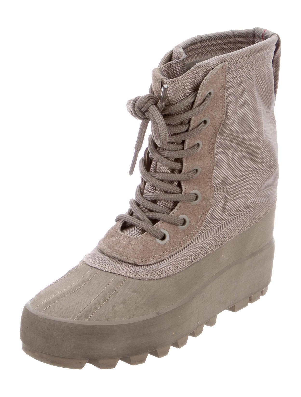 Unique Yeezy Season 2 Crepe Sole Boots Oil Brown