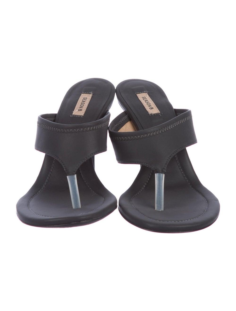 Yeezy T-Strap Sandals Grey - image 3