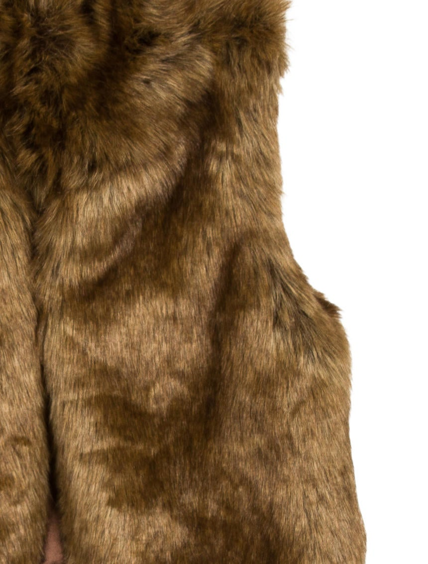 ralph lauren girls 39 faux fur vest w tags girls wyg22422 the realreal. Black Bedroom Furniture Sets. Home Design Ideas