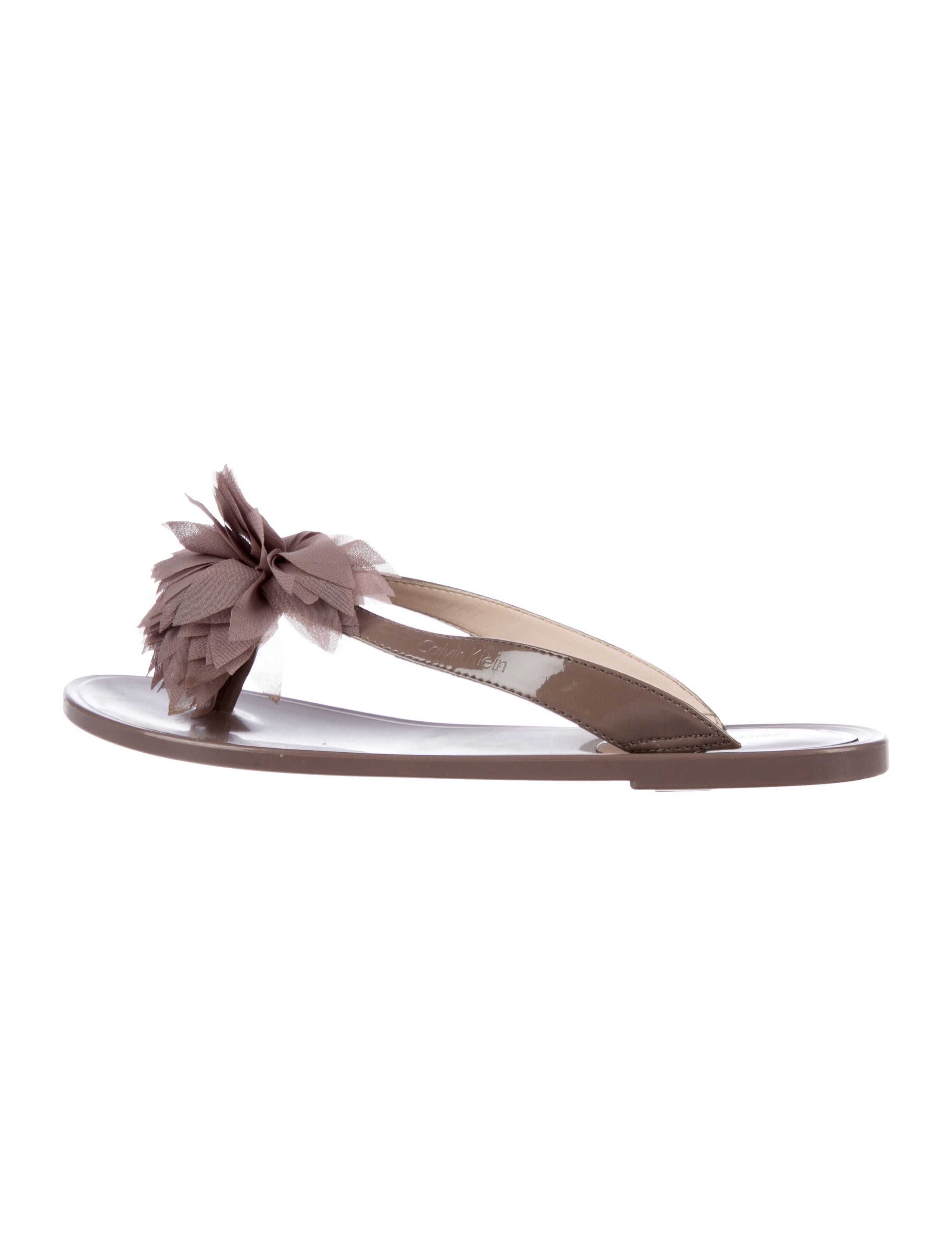 Manchester Calvin Klein Jade Thong Sandals outlet websites cheap sale best store to get buy cheap pay with paypal outlet with paypal ETfPJM9