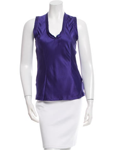 Yves Saint Laurent Sleeveless Silk Top None
