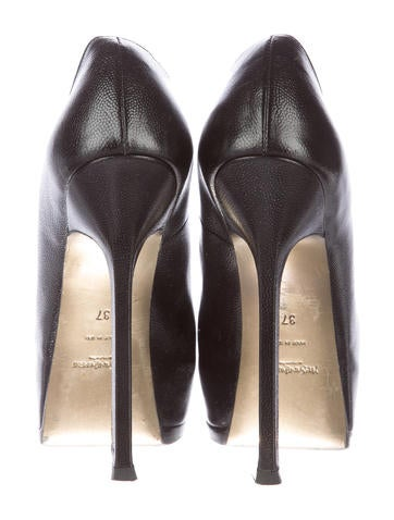 Embossed Leather Tribute Two Pumps