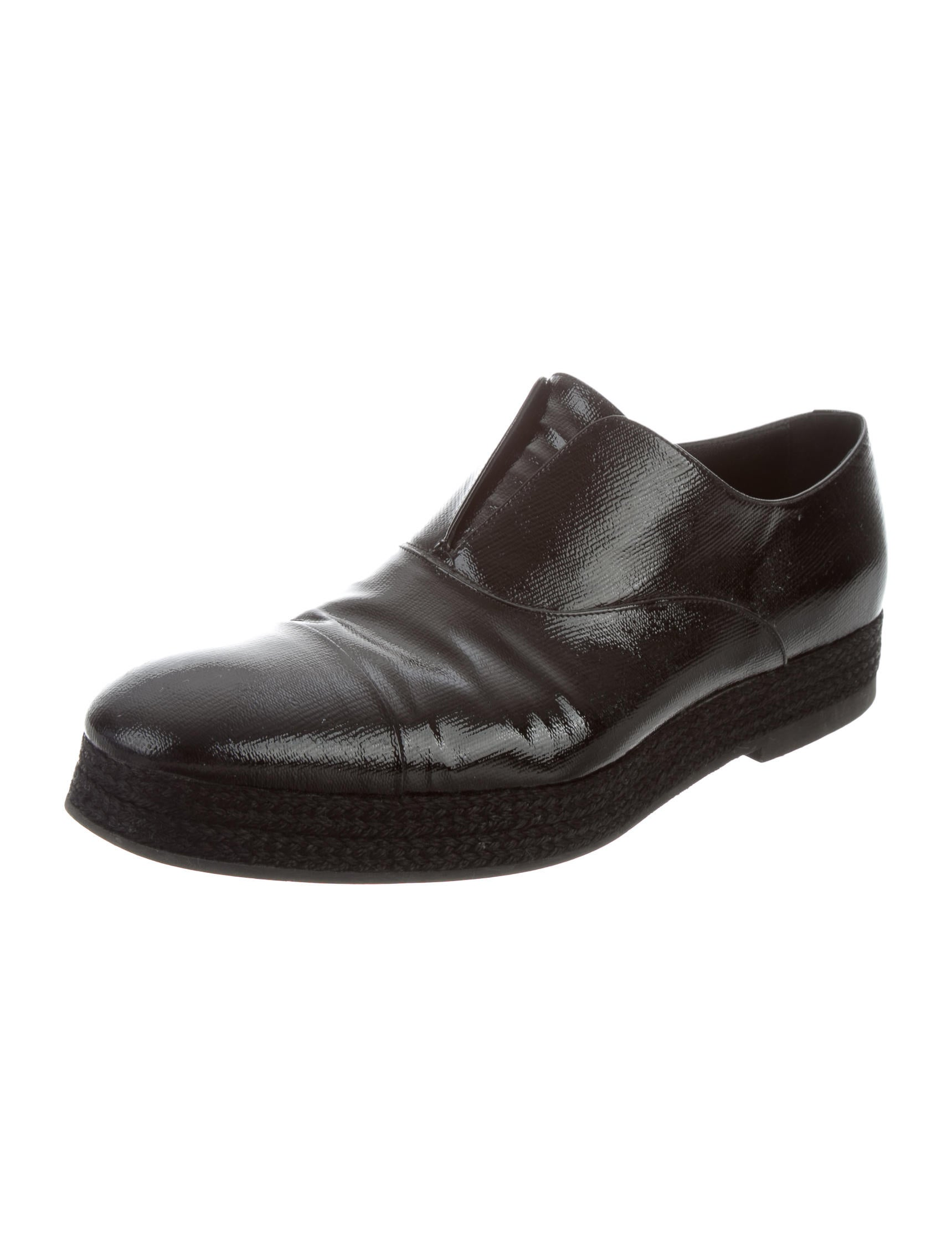 yves laurent patent leather laceless derby shoes