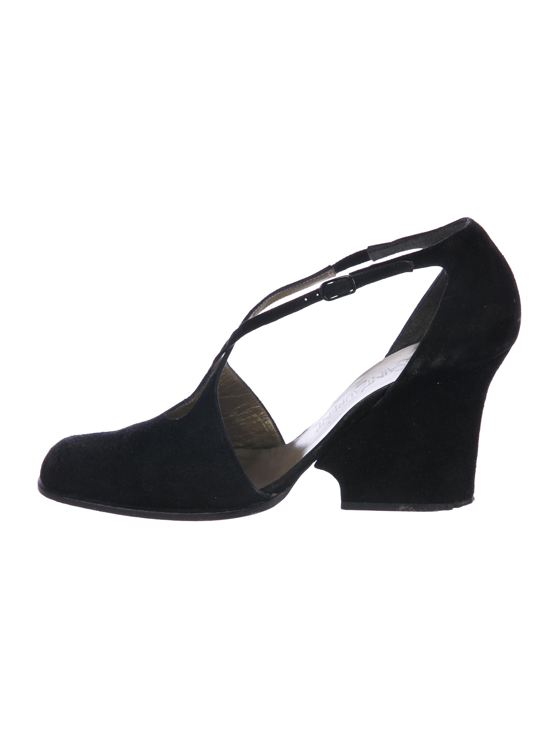 Yves Saint Laurent Suede Round-Toe Wedge Pumps footaction online wide range of for sale 72z6pxTC2