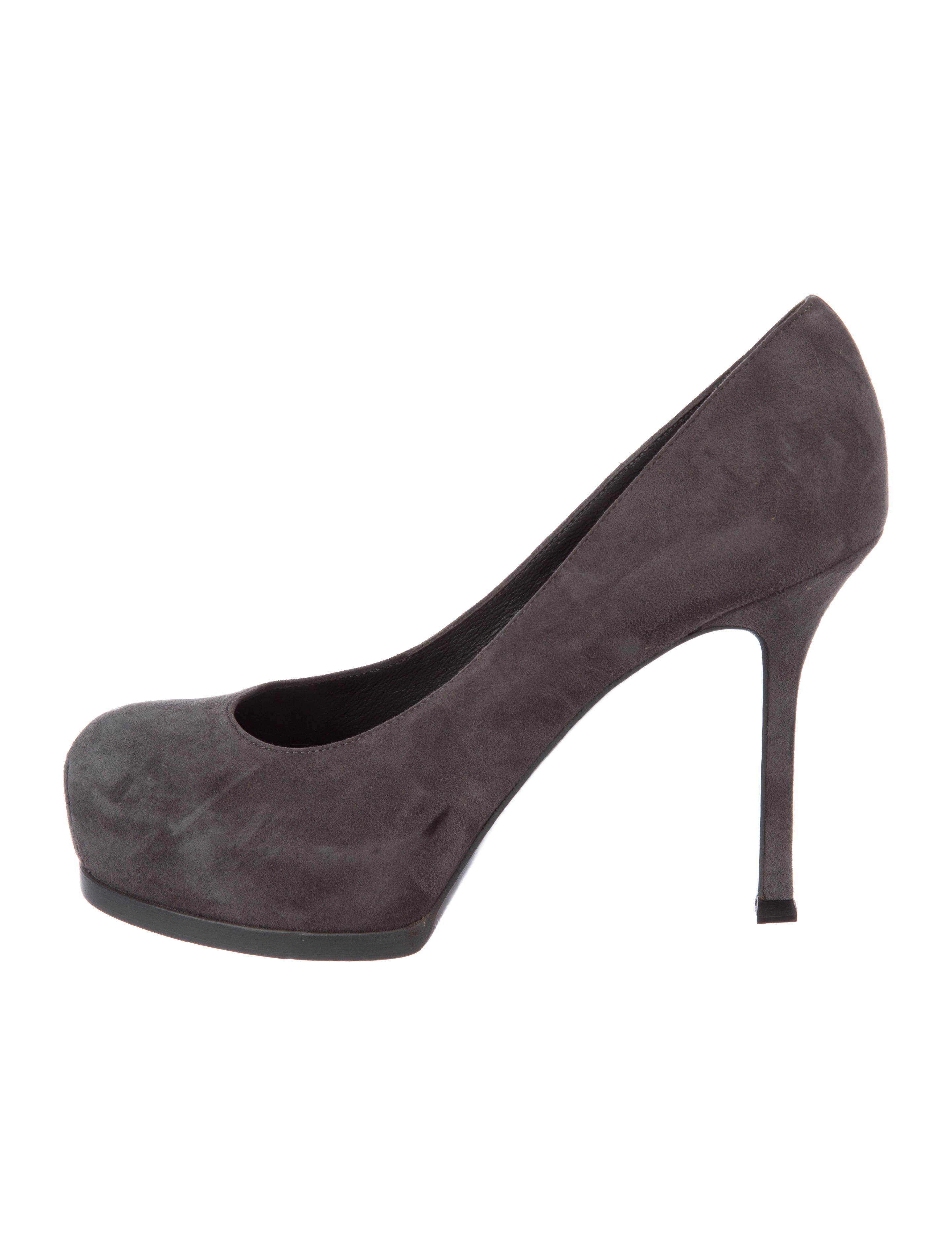 a5ffce07ae53 Yves Saint Laurent Tribute Two Suede Pumps. Tribute Two Suede Pumps ...